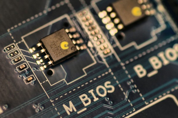 bios-chip-mainboard